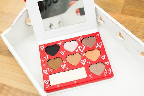 "[Haul & Swatch] Rival de Loop Young ""love you more"" Limited Edition eyeshadow 01 ""love is all around"""