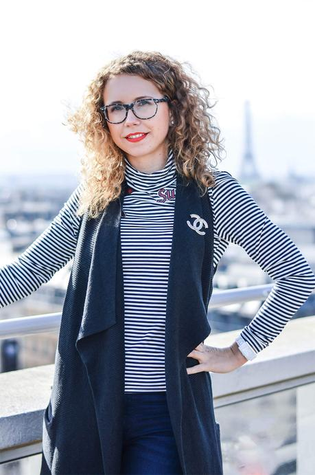 Outfit: Typical striped Shirt above the rooftops of Paris
