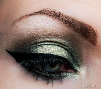 grün-gold-schimmerndes Abend-Makeup Sleek MakeUP