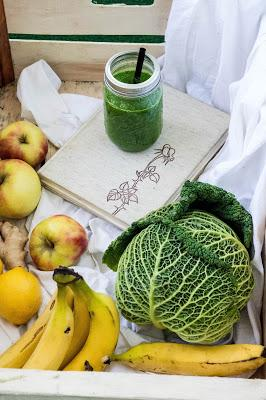#smoothielove: Kohl Bananen Smoothie / Savoy Cabbage Banana Smoothie Recipe
