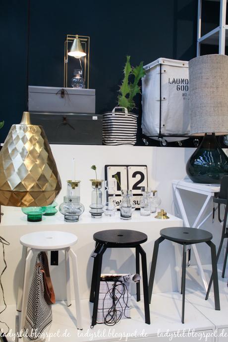 Ambiente 2017 House Doctor Dekorationsartikel, Wohnaccessoires,Hocker, Goldene Vase