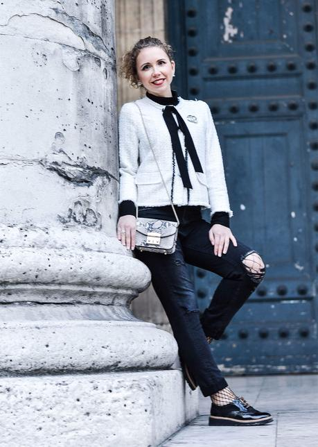 Outfit: Zara Tweed Jacket, Ripped Jeans and Chanel Jewelry in Paris