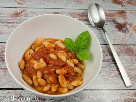 Bohnen in Tomatensauce | Gastbeitrag auf HOL(L)A DIE KOCHFEE