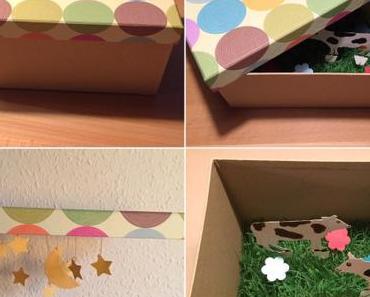 Geschenkgutschein und Karte: Bunt und witzig – oder – Eine Kiste voller Überraschungen