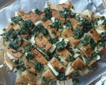 Knoblauch-Mozzarella Zupfbrot / Crack Bread