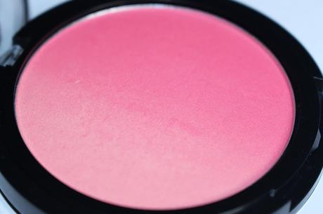 Essence life is a festival trend edition duo blush Review - 01 hippie hippie hooray