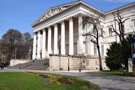 10_Flusskreuzfahrt-a-rosa-Donau-Ungarisches-Nationalmuseum-Budapest-Ungarn