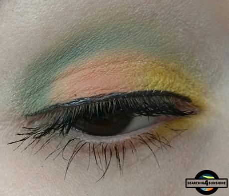 [Eyes] Kat Von D pastel goth eyeshadow palette: star, clementin, gloom & dagger