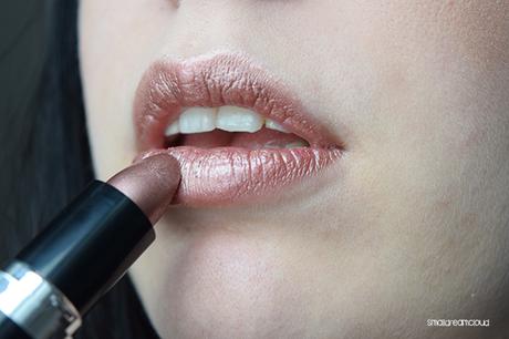 TGIL – essence metal shock lipstick – iron maiden