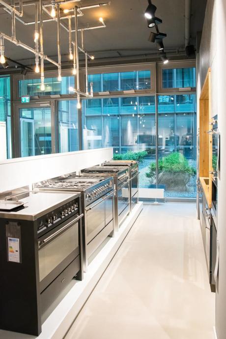 food wine event im smeg flagshipstore hamburg. Black Bedroom Furniture Sets. Home Design Ideas