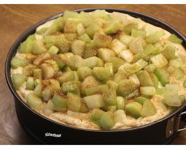 Rhabarberkuchen mit Ricotta