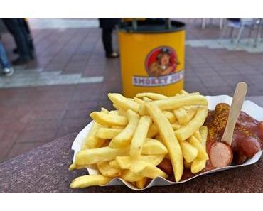 Smokey Joe´s am Flughafen München | Biancas Tasty Tour| Nr. 22 - Currywurst, Pommes und (scharfe) Saucen im Flieger-Foodtruck