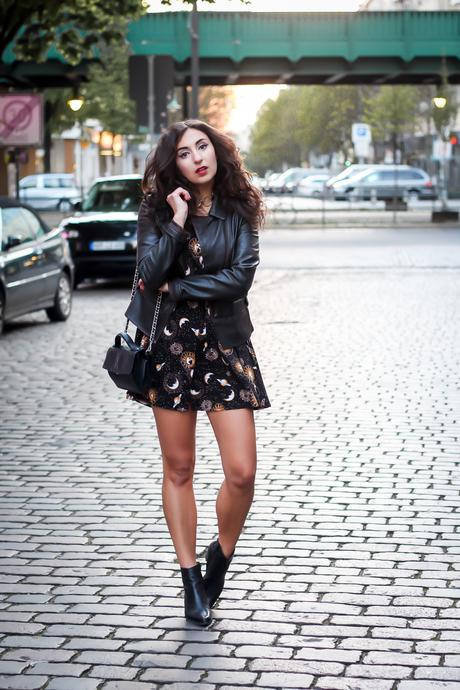 motel babydoll dress stars print grunge inspired partyoutfit ausgeh style boho spring look outfit streetstyle fashionblogger mode blog deutschland germany berlin samieze-4