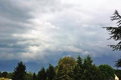 Gewitterfront Richtung Südosten...