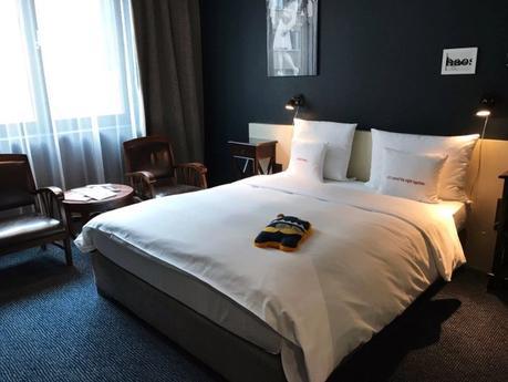 trvl 25hours hotel frankfurt by levi s frankfurt weekend. Black Bedroom Furniture Sets. Home Design Ideas