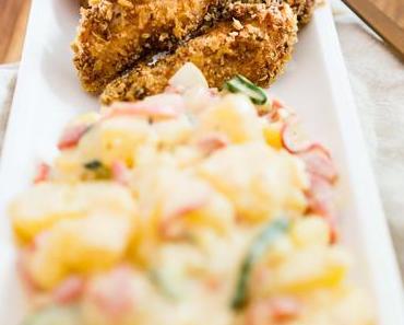 Orientalisches Backhendl mit Kartoffel-Gurken-Salat
