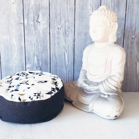 yogakissen diy n hliebe. Black Bedroom Furniture Sets. Home Design Ideas