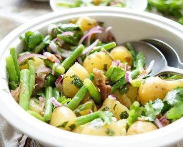 Bohnensalat mit Kartoffeln und knusprigem Parmaschinken
