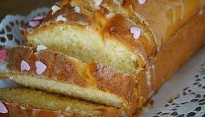 sommerlicher Kuchen: Zitronen-Buttermilch-Kuchen