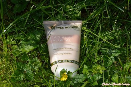 [Review] – Yves Rocher – Sensitive Végétal Reinigungs-Creme: