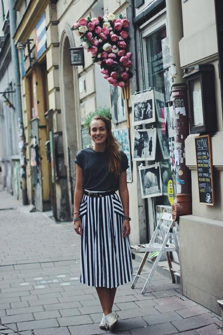 OOTD: Midi Skirt in Krakow