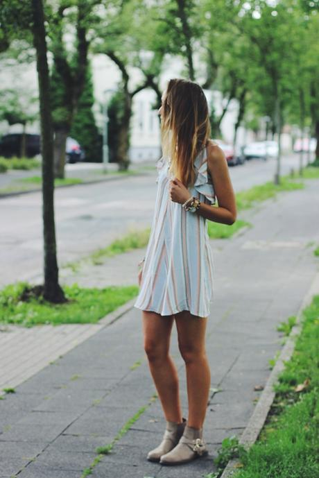 OOTD: Summer Dress + Trench