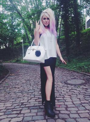 JULY 003 | GYARU POST | DATE