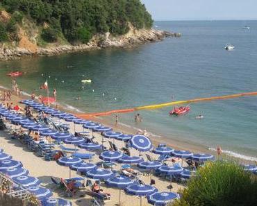 Dolce Vita: Strandleben mit Kids im blauen Paradies