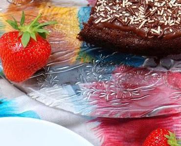 Einfacher Schokoladenkuchen mit Buttermilch & Natron