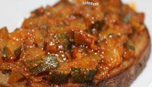 Zucchini Salsa scharf süss würzig