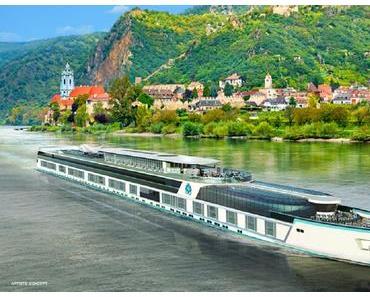 Taufe der Crystal Bach von Crystal River Cruises