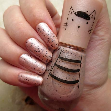 #misslackiert essence and the lovely little things nail polish 04 ... and my flaky caty swatch