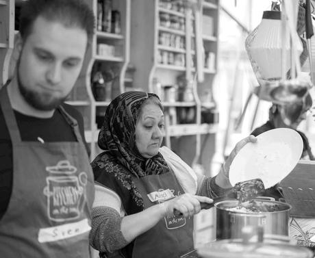 Kitchen on The Run: Locals and Refugees cooking together all over Germany