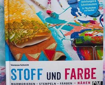 Hüpf noch schnell in den Lostopf für die Bücherverlosung 'Stoff und Farbe' – heute letzte Chance!