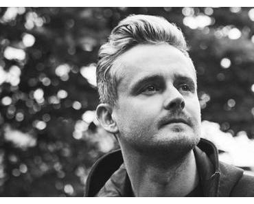 CD-REVIEW: Tom Chaplin – Twelve Tales Of Christmas