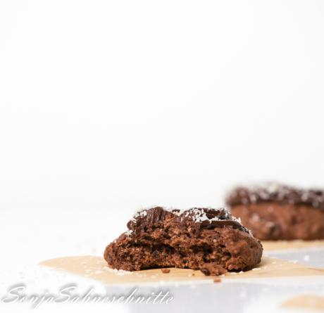 Die besten einfachen Kokos-Schoko-Cookies (die fast wie Kuchen schmecken) – the best easy coconut and chocolate chip cookies (that almost tast like cake)