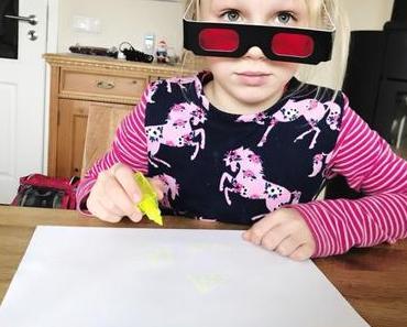 Partyspiel: Invisible Ink – Codewörter, Geheimtinte und eine Agentenfamilie