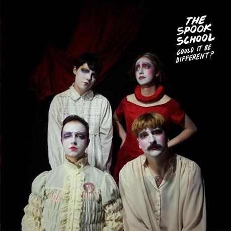 The Spook School: Gegen die Regel