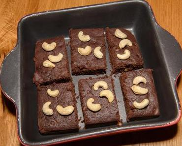 Cashewnuss-Brownies mit Schokolade (ovo-lacto-vegetarisch)