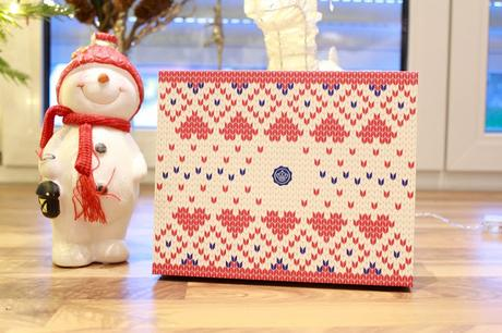 Glossybox Cold days, warm hearts Edition Dezember 2017