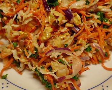 Spitzkohl/Möhren-Salato