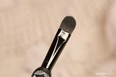 Eyeshadow Brush // 01 easy elsa