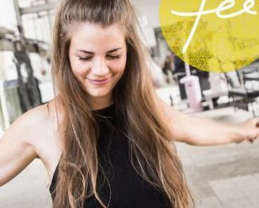 FEE. – Wie bei den Magneten (offizielles Musikvideo + Lyrics)