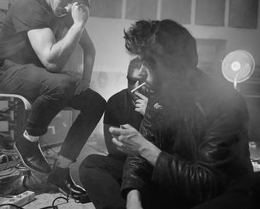 """Champyons veröffentlichen Debütalbum """"Cha Cha Cha"""" und neues Musikvideo zu 'Oceans' // Video + full album stream"""