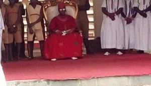 König Benin wird aktiv gegen Menschenhandel Nigeria