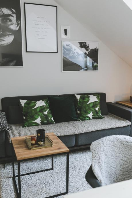 homestory dezent in grau mit alpina feine farben zeit der eisblumen. Black Bedroom Furniture Sets. Home Design Ideas