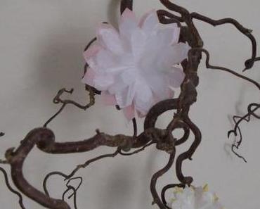 Es grünt so grün wenn Madame Choufleuses Blüten blühen – zarter Blumenschmuck selbstgemacht