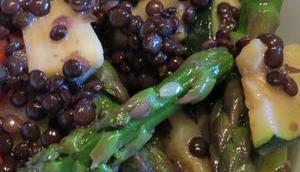 Linsensalat Spargel, Zucchini, Tomaten