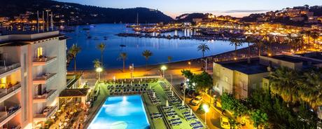 Hotel Eden in Port Soller am Abend