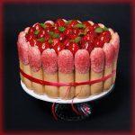Glutenfreie Erdbeere-Tiramisu-Charlotte